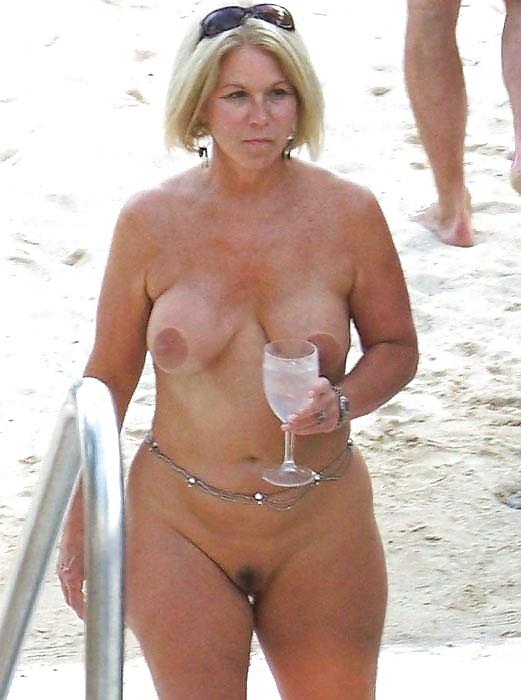 Hüfte nackt breite Breite hüften