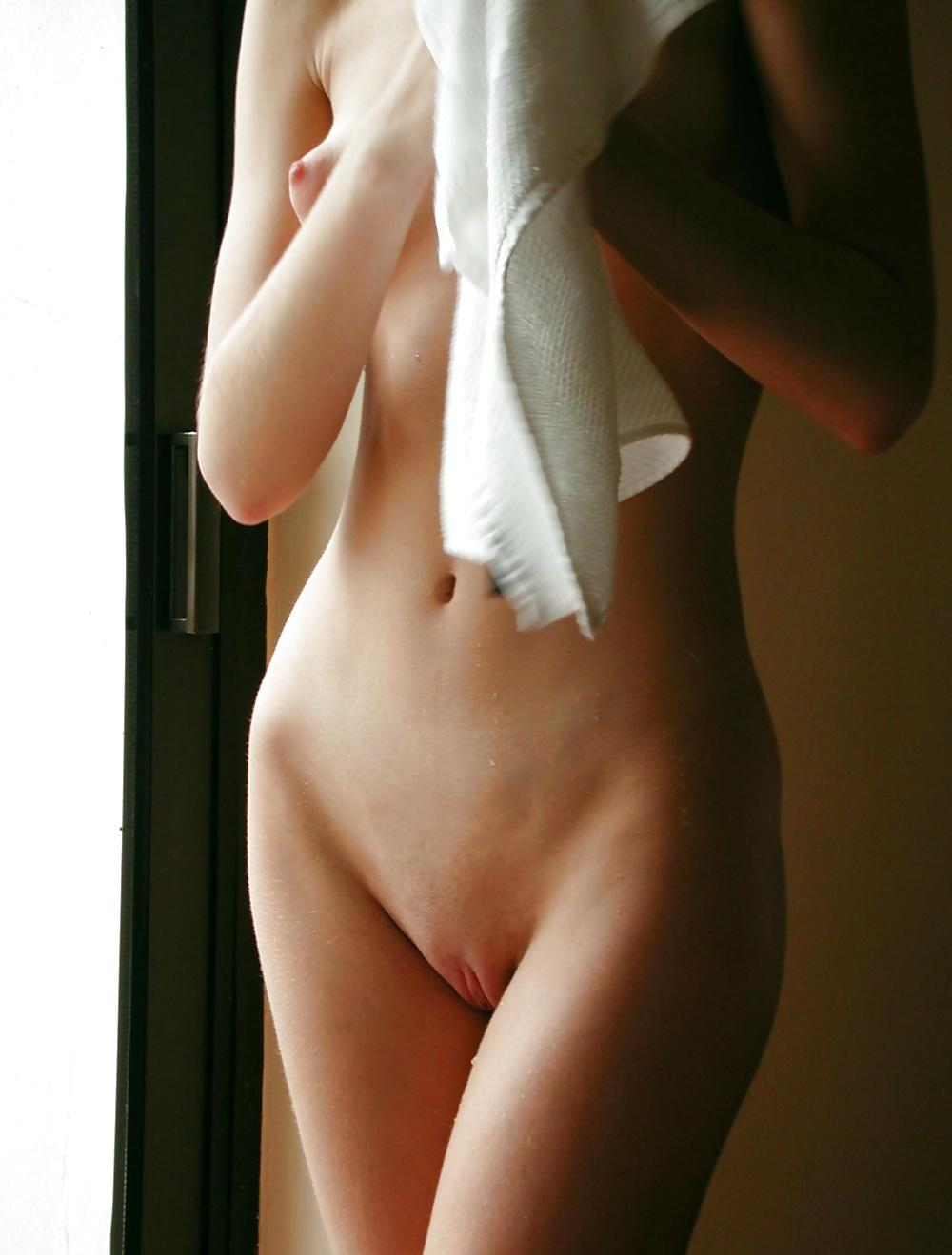 Unentgeltliche Bilder von nackten schamlosen Jugendliche