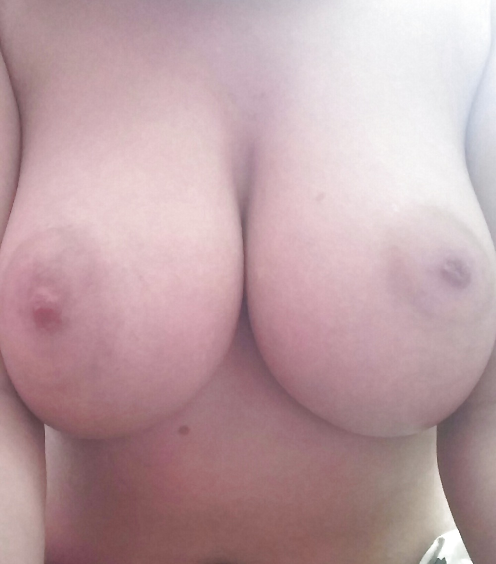 Nackte geile amateure Frauen in kostenlosen Fotos